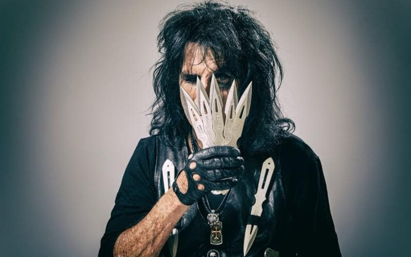 """ALICE COOPER's """"Paranormal"""" Dominates The Charts — DETAILS ENCLOSED!"""
