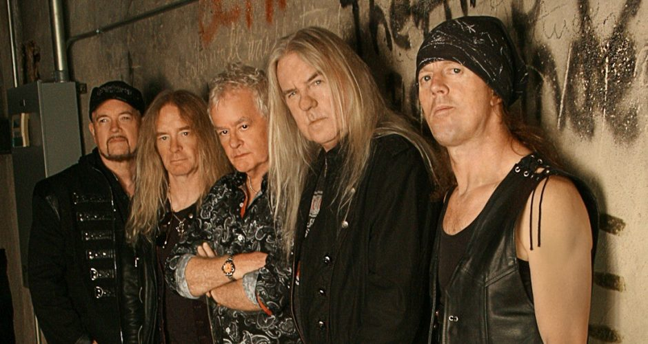 "SAXON Set To Release New Album ""Thunderbolt"" in February!"