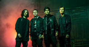 """CROWN THE EMPIRE Release New Song + Video for """"20/20"""" — WATCH + Band Appearing on Warped Tour"""