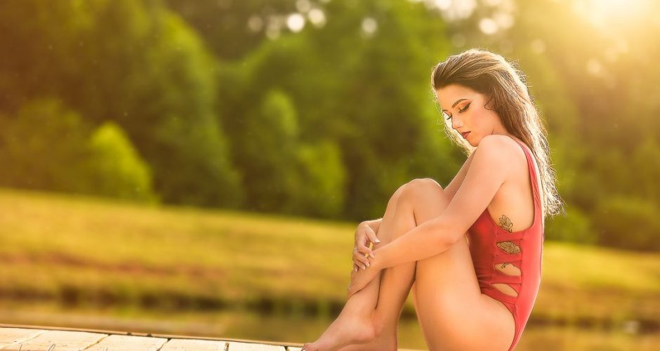 August Featured Model | Holly Gregg