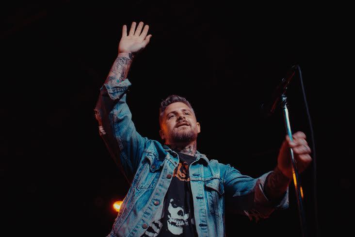 Former Vanna Frontman Davey Muise Announces Solo Tour