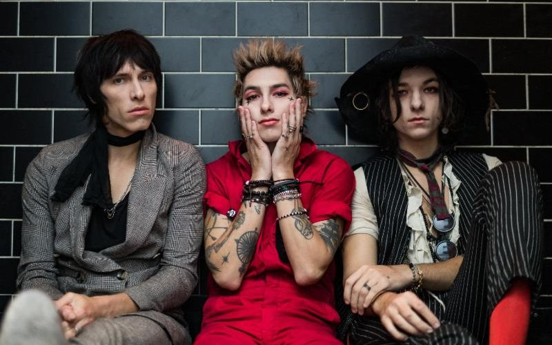 PALAYE ROYALE Release 'You'll Be Fine' Live Video